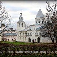 Воротная башня Гостиного двора :: Евгений Никифоров