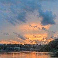 Остаток солнечного дня... :: Евгений Зотов