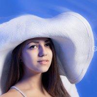 Запомни, доченька: шляпа решает все! :: Оксана Батрак