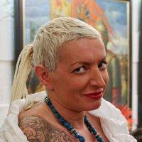 Портрет дамы в светлом :: Дмитрий Бубер