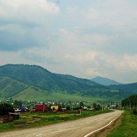 Село в Горном Алтае. :: Владимир Михайлович Дадочкин