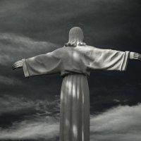 Христос приземлился в Ивье :: Маргарита Искрик