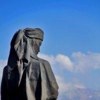 statue :: Titania Q