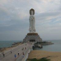 Статуя богини Гуаньинь в Санья о. Хайнань (Китай) :: Анастасия Меркулова