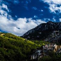 Кипрские горы :: Лара Н.