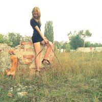 Девушка с собачкой :: Ольга Харина