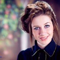 Анастасия на  фотосессии. :: Виктор Твердун