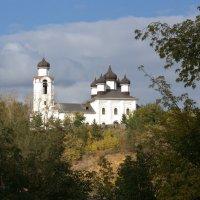 монастырь :: Геннадий Дмитриев