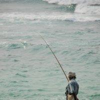 Одинокий рыбачок :: Марина Семенкова