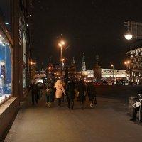 контрасты города :: Галина Петрова