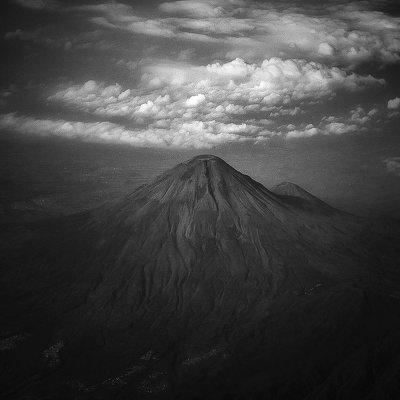 Потрясающие фотографии вулкана Бромо на острове Ява