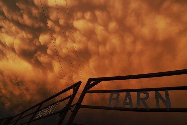 Фотографии из эпицентра стихий