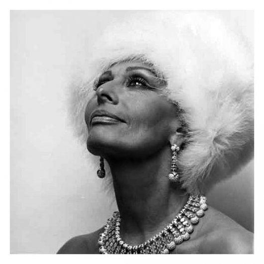 красивые черно-белые портреты знаменитостей 10