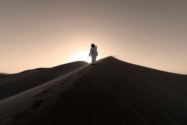 Фото с Марса силуэт
