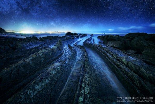 Живописный пейзаж дороги