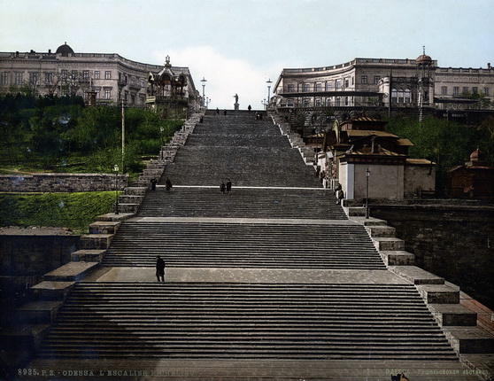 Неизвестный автор. Одесса. Ришельевская лестница. 1900 – 1910-е. Фотохром