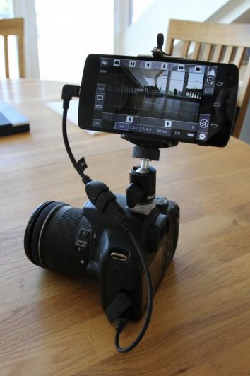 Вы также можете подключить телефон или планшет напрямую к камере УСБ кабелем