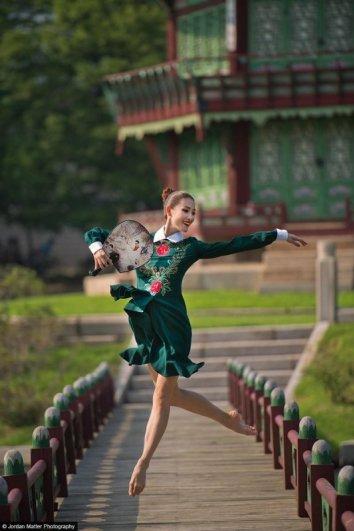 Joo_Won_Kim_Dancers_Among_Us