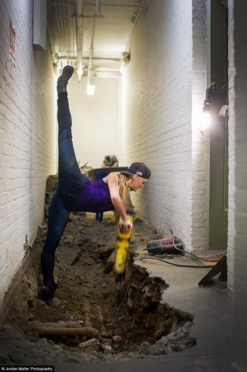Maria_Sascha_Kahn_Dancers_Among_Us_2