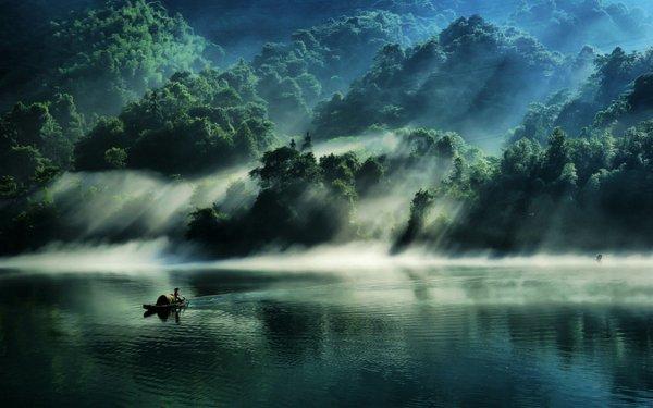 Озеро Дунцзян. Автор фото: chinaguide Хуан
