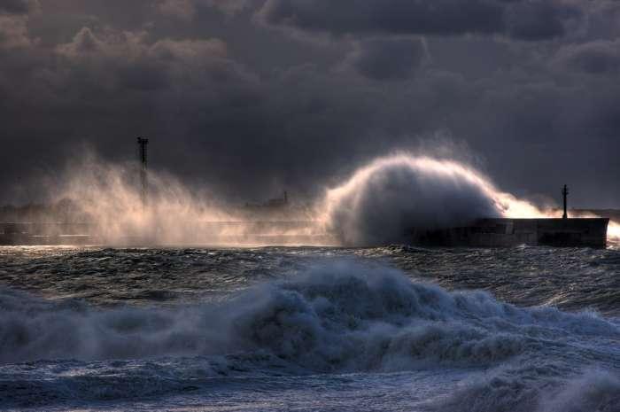 фото тайфуна и урагана 7