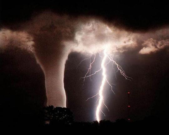 фото тайфуна и урагана 23