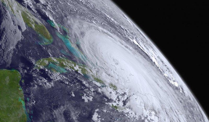 фото тайфуна и урагана 35