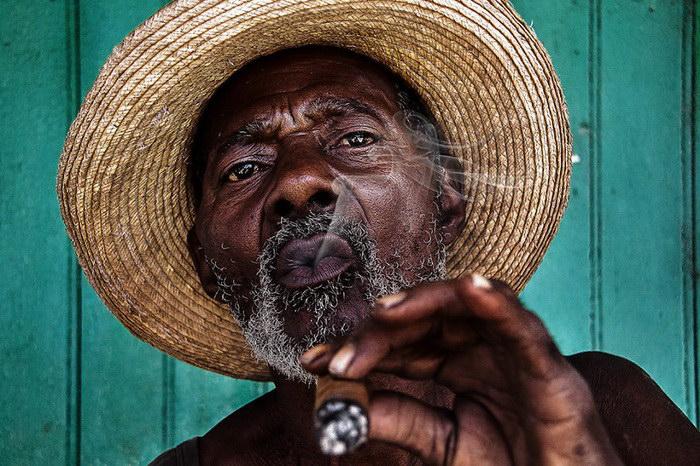 """Глаза людей и """"скрытая"""" улыбка в фотографиях французского фотографа Рехана - №18"""