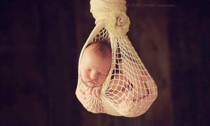 Спящие младенцы в фотографиях Трейси Рейвер - №12