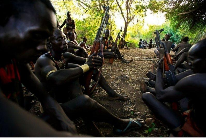 Жизнь Африки в объективе Брента Стиртона - №18