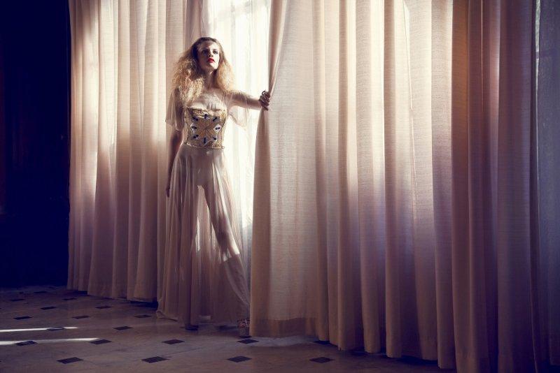 Путешествие в мир моды и красоты с Сеси Янг - №6