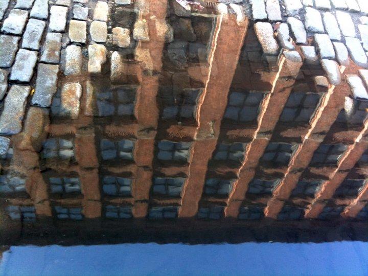«Архитектурные лужи» Мадлен Диганги - №2