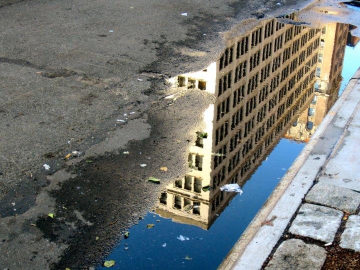 «Архитектурные лужи» Мадлен Диганги - №6