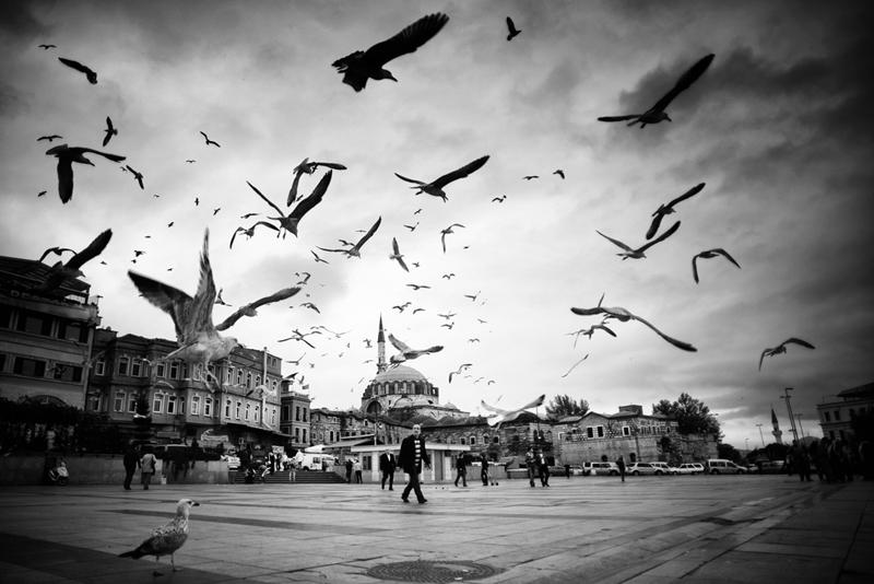 Стамбул в уличных фотографиях Мустафы Дедеоглу - №3