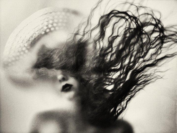 Загадочные образы в фотографиях Аты Пташич - №2