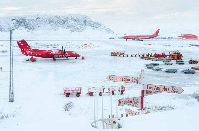 Автор фото: Энди Холлиман (Andy Holliman). Место съёмки: аэропорт Кангерлуссуак, Гренландия.