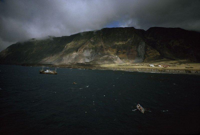 Тристан-да-Кунья: одинокие острова