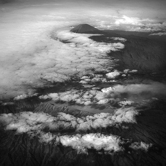 Потрясающие фотографии вулкана Бромо на острове Ява - №2