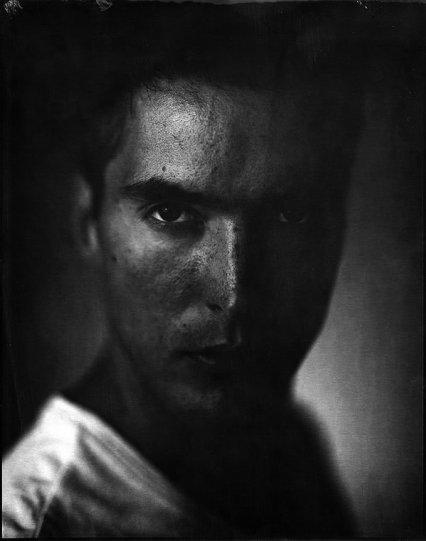 Потрясающие чёрно-белые портреты - №24