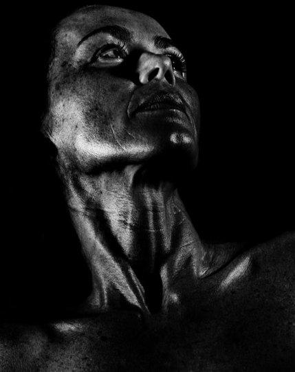 Потрясающие чёрно-белые портреты - №27