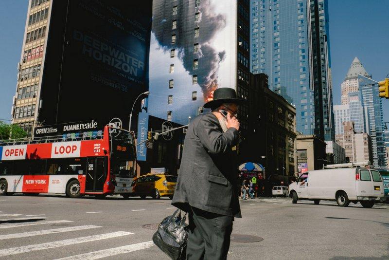 «Совпадения» – уличный фотопроект Джонатана Хигби - №23