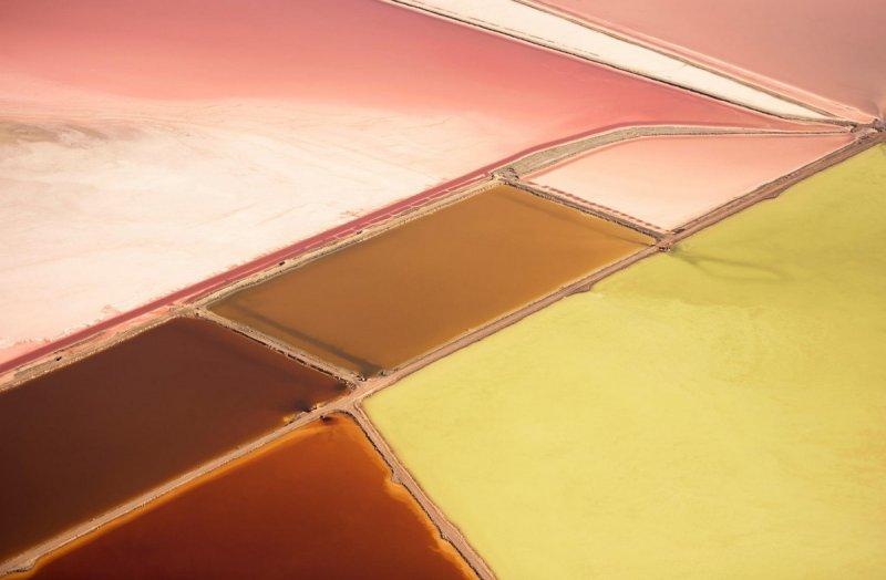 Яркие соляные равнины, Большое Солёное озеро, штат Юта.