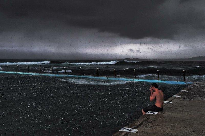 Фотографии из эпицентра стихий - №22