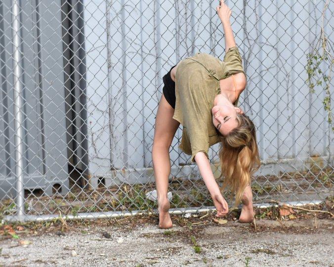 Балерины на улицах - №16