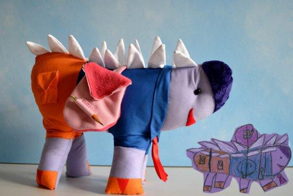 Фантазии ребенка в реальных игрушках. Очень милые фото - №1