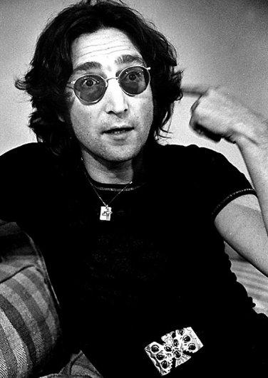 Новости в фотографиях - подборка в память о Джоне Ленноне - №14