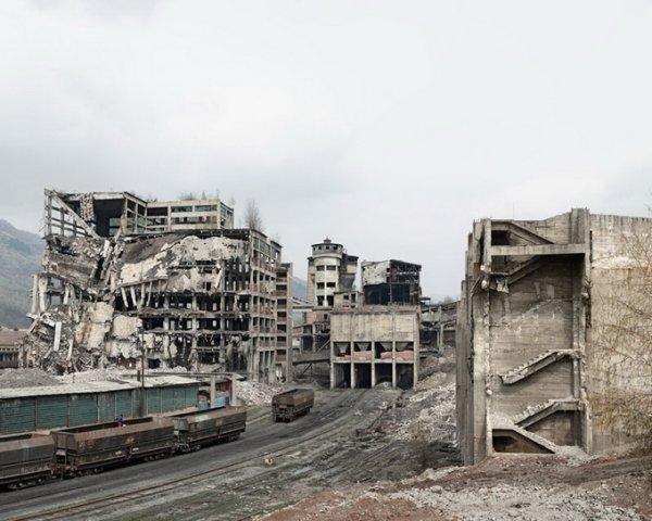 Граница между документальным и художественным фото. Tamas Dezso - №22