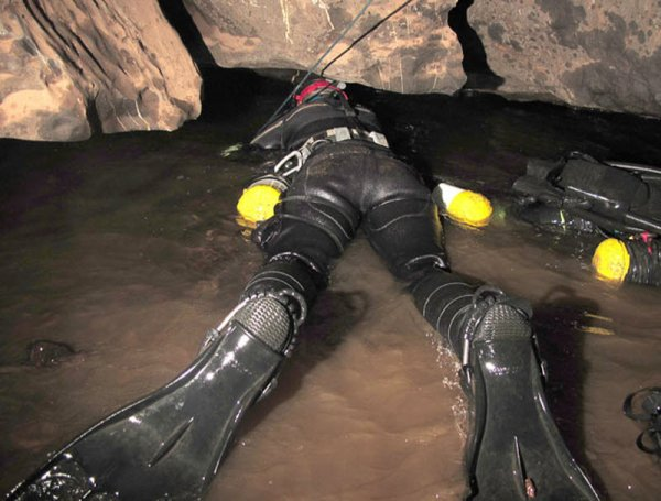 Дайвинг в подводных пещерах - красивые фото природы - №13