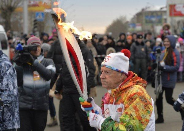 Новости в фотографиях - Олимпийский огонь 2014 глазами иностранных журналистов - №14