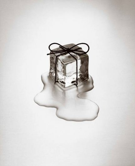 Чема Мадоза. Жанр сюрреализма в черно-белых фото - №11